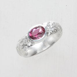 Unikat Ring, handgefertigt , Granat in Silber