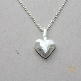 Herz Anhänger, 1cm, kleines, rustikales Herz, Silber