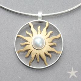 Sonnen Anhänger groß mit Perle