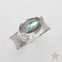 Unikat Ring, handgefertigt mit Labradorit,  Struktur , in 925 Silber