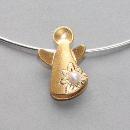 Schutzengel Anhänger mit Blume und Perle, vergoldet, 3cm