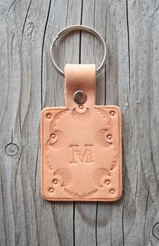 Porte-clé en cuir naturel - lettre M