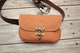 Escarcelle mini en cuir fauve