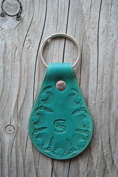 Porte-clé en cuir turquoise - lettre S