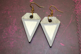 Black&Grey Triangular Ohrring