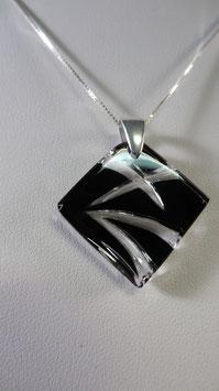 PE106 - PENDENTIF LOSANGE NOIR cristal et argent
