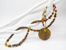 Unikat Mala Multicolor mit großem Jade-Amulett