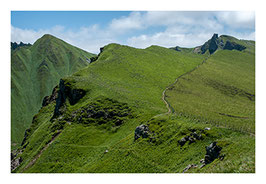 Chemin de randonnée dans le massif du Sancy