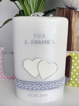 Hochzeitskerze Nina mit Herzen/Spitze, Perlmuttkerze
