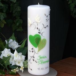 Hochzeitskerze Jenin in grün mit Herzen/Perlen