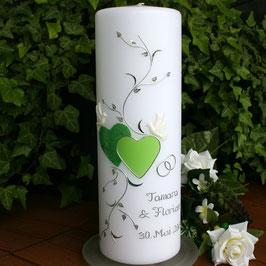 Hochzeitskerze Tamara in grün mit Herzen