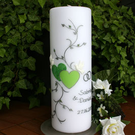 Hochzeitskerze Sabrina mit Herzen in grün