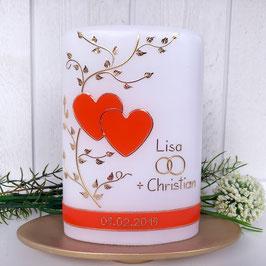 Hochzeitskerze Lisa mit Herzen in orange