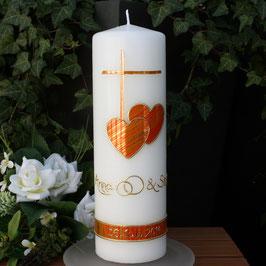 Hochzeitskerze Deborah mit Kreuz/Herzen in orange