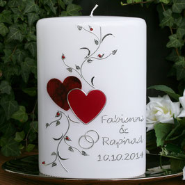 Hochzeitskerze Fabienne mit Herzen in rot