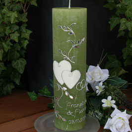 Hochzeitskerze Franziska mit Herzen, Raureifkerze in grün