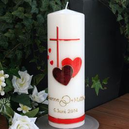Hochzeitskerze Fabienne mit Kreuz/Herzen in rot