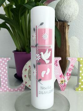 Taufkerze Noelia in rosa mit Blüamli