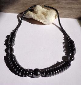 Hématite, collier composé