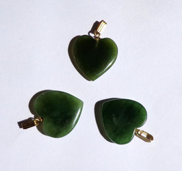 Jade, pendentifs coeurs