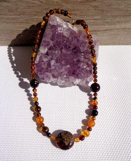 Ambre, collier perles rondes variées