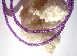 Améthyste, collier perles facettées