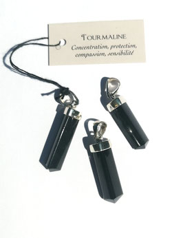 Tourmaline noire, pendentifs