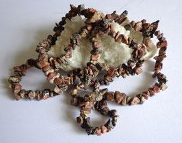 Jaspe léopard, perles baroques