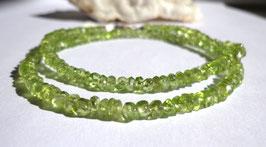 Péridot, collier perles facettées