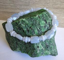 Calcédoine, bracelet élastique perles facettées