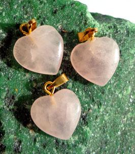 Quartz rose, pendentifs coeurs (petit)