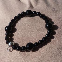 Armband mit silbernem Charmhalter, Onyx