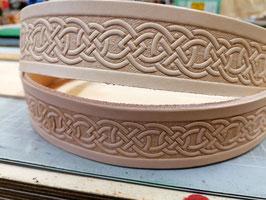 Prägeriemen mit Keltic-Muster
