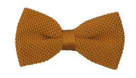 Curryfarbene Strickschleife