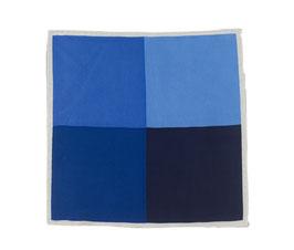 Blaues Einstecktuch mit quadratischem Muster
