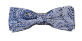 Blaue Herrenfliege mit Paisleymuster