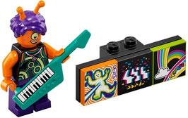 9.  Alien Keytarist