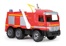 GIGA TRUCKS Feuerwehr Actros mit Aufklebern