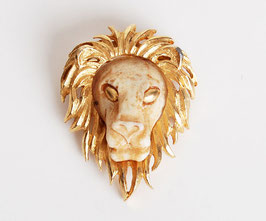 Gold Razza Lion Head Pin