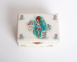 Big Eye Girl Jewelry Box