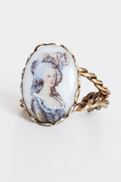 Victorian Portrait Brass Ring
