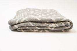 Kuschelige Alpaka-Strick-Wolldecke mit Jacquard-Muster