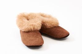 Hausschuhe für Kinder aus Alpaka- und Schaffell