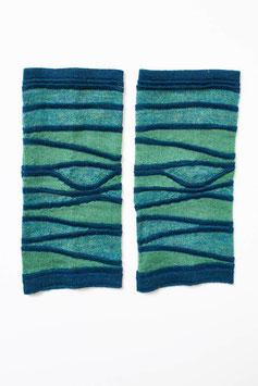 Alpaka-Armstulpen mit Wellenstrick, dreifarbig