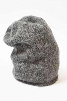 Einfarbige zeitlose Beanie-Mütze mit Suri-Alpaka-Wolle