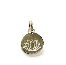Anhänger Lotus