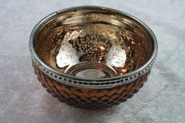 Teelichtschale aus Glas mit silbernem Rand in Braun