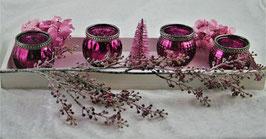 Tablett mit Windlichter, Tannenzweig, konservierte Hortensien, künstlicher Zweig