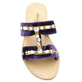 """Sandali artigianali in velluto a fasce modello """"Annie"""" colore viola."""
