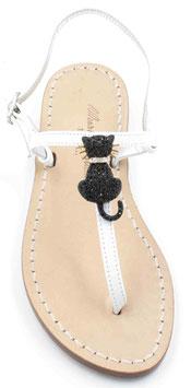 """Sandali artigianali modello """"Duchessa"""" bianchi."""